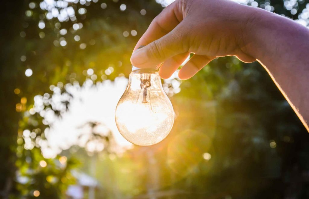 4 Ways To Save Energy in Australia Over The Hot Summer Months